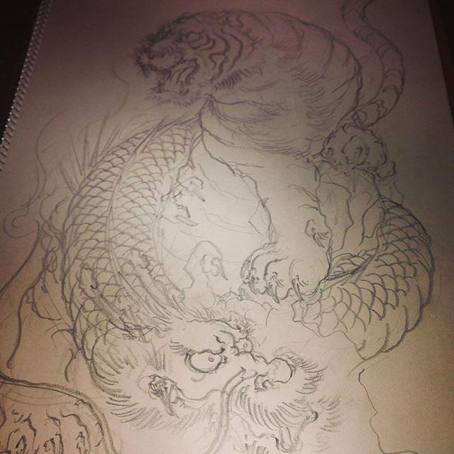 最近の下絵 #tiger #dragon #虎 #龍