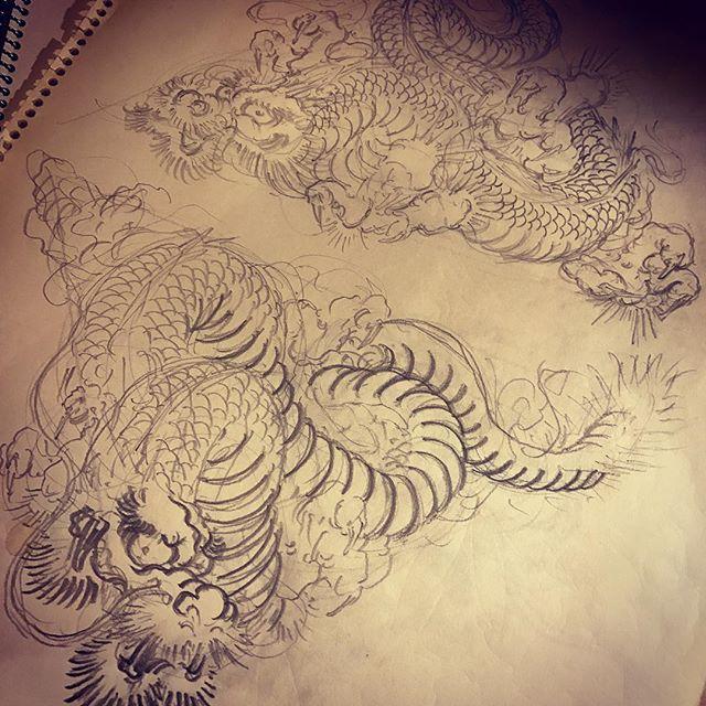 下絵をコツコツと#龍 #dragon #刺青 #irezumi #tattoo