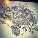 龍はほぼ完了。#phoenix #japanesephoenix #鳳凰 #dragon#tigeranddragon #龍 #龍虎#竜 #竜虎 #tiger #虎 #唐獅子 #karajishi #lion #japaneselion #和柄#japanesetraditional #和風 #japanesestyle #刺繍#embroidery #tattoo #刺青