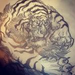 描きかけに手を入れて。#tiger #虎 #japaneselion #dragon #tigeranddragon #龍 #龍虎#竜 #竜虎 #和柄#japanesetraditional #和風 #japanesestyle #刺繍 #embroidery #tattoo #刺青 #パス #パス化 #vector  #vectorart #鉛筆画 #鉛筆 #ラフ
