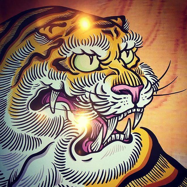 アップ#illustrator #イラストレーター #tiger #虎 #japaneselion #dragon #tigeranddragon #龍 #龍虎#竜 #竜虎 #和柄#japanesetraditional #和風 #japanesestyle #刺繍 #embroidery #tattoo #刺青 #パス #パス化 #vector  #vectorart #鉛筆画 #鉛筆 #ラフ